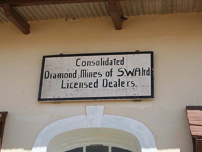 Diamanten Minen. Schild im alten Kolmanskop.